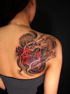 Tatouage dragon- idées magnifiques pour hommes et femmes