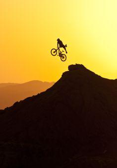 Where the Trail Ends - Gobi Desert, Mongolia. Freeride Mountain Bike, Mountain Biking, Moutain Bike, Bike Photography, Cycling Bikes, Mtb Bike, Bicycle Art, Extreme Sports, Bike Life