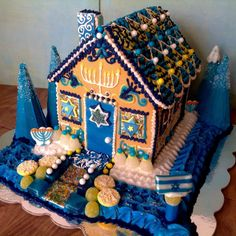 Who needs a gingerbread cottage? Not when you can have a Hanukkah hideaway!!