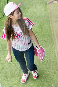 APink BoMi @ First Pitch