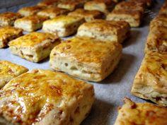 Pork Crackling Bread - kuvarica na trapezu: Četvrtaste pogačice sa čvarcima