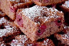 Schneller Schoko-Kirsch-Blechkuchen