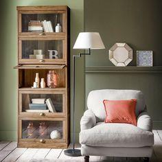 Ce meuble vitrine 5 portes fait partie d'une ligne complète de meubles de séjour Lunja, à l'allure très graphique et épurée et aux proportions parfaites, à la finition façon teck vendus sur laredoute.fr !