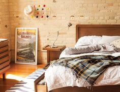 The Ultimate Guide to Canadiana Style! Canadiana style combines rustic, modern, and Scandinavian elements to create a distinctive look—think log cabin with an up-to-date twist. This décor reflects a national love of everything outdoors, from snowy ski lodges to summers spent camping and canoeing, with sophisticated details elevating the design.