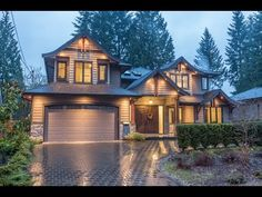 1001 Prospect Avenue, North Vancouver - Canyon Heights