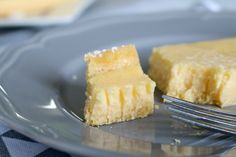 Check out this LEMON TART!!!!!! A perfectly creamy filling and the most delicious melt-in-your-mouth pastry. OMG it's SO good!!!! #lemon #tart #recipe #easy #thermomix #conventional