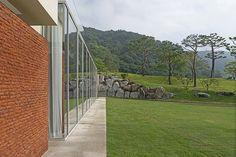 EV Hall : Arch, Sidewalk, Outdoor Structures, Garden, Longbow, Garten, Side Walkway, Lawn And Garden, Walkway