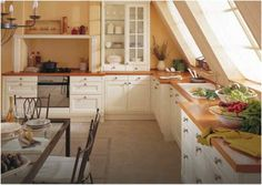 L-shaped kitchen design ideas - 10 of the best Diy Kitchen Storage, Kitchen Cabinet Design, Kitchen Cabinets, White Cabinets, Kitchen Designs, Kitchen Flooring, Kitchen Furniture, Kitchen Decor, Rustic Furniture