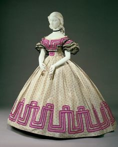 Evening dress ca, 1862-64  From the Cincinnati Art Museum...bold pattern...the Civil War was raging.