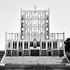 Taranto Cathedral, Gio Ponti.