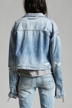 Cropped Trucker Jacket with Elongated Sleeves Hooks to Clip Sleeve Up Heavily Distressed Light Blue Wash 100% Cotton Machine Wash Made in Italy R13W6329-226
