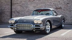 1961 Chevrolet Corvette Resto Mod 556 HP, Suspension and Brakes presented as lot at Kissimmee, FL 2016 - Pontiac Gto, Chevrolet Corvette, 1958 Corvette, Chevy Muscle Cars, Best Classic Cars, Mustang Cars, Car Manufacturers, Hot Cars, Vintage Cars