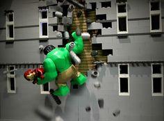 LEGO Hulk to the rescue by Legoagogo Minifigura Lego, Lego Hulk, All Lego, Lego Marvel, Legos, Marvel Avengers, Lego Spiderman, Super Hero Photography, Lego Photography