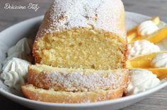 Un sofficissimo Plumcake Arancia e Panna per la colazione dei vostri bambini,piena di frutta di stagione che fa benissimo perchè contiene tanta vitamina c