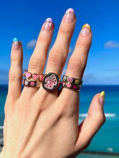 Simple Acrylic Nails, Acrylic Nail Designs, Hand Jewelry, Cute Jewelry, Natural Gel Nails, Super Cute Nails, Nail Tattoo, Nail Ring, Round Nails
