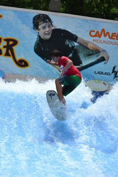 Flow Rider surfing fun waits for you at Camelbeach! Ride the waves on boogie board or flowboard as you take on the FlowRider! Wakeboarding, Extreme Sports, Snowboarding, Skateboard, Camel, Flow, Surfing, Tours, Beach