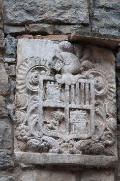 06082013-Escudo heráldico de la familia Bielsa en una casa de Ainsa_DSC5001