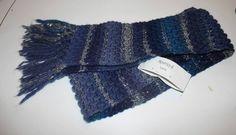 Scarf made by Isilda Fernandes with Luna yarn/Cachecol feito por Isilda Fernandes com o fio Luna