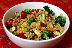 Healthy Dinner: Quinoa Salad With Dried Apricots and Tofu