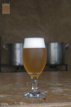 Provando nossa cerveja artesanal de trigo com maracujá - fruit beer #passionfruit #homebrewing #craftbeer