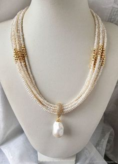 Lovely necklace pearls c