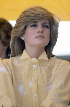 Princess Diana a dress style to admire!