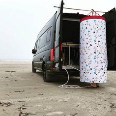 Auto Camping, Minivan Camping, Build A Camper Van, Camper Van Life, Diy Van Conversions, Camper Conversion, Sprinter Camper, Car Camper, Camper Hacks