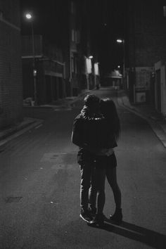 Couple Posts💏 Relationship & lots of love💕 ask // couple // others // insta in my heart ♡ ♡ Cute Couple Quotes, Cute Couple Pictures, Best Free Dating Sites, Best Sites, Funny Dating Quotes, Dating Memes, Couple Goals, Apps For Teens, Never Leave Me