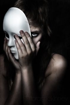 New Art Photography Portrait Masks Ideas Dark Photography, Conceptual Photography, Creative Photography, Artistic Portrait Photography, Dramatic Photography, Emotional Photography, Woman Photography, Photoshop Photography, Photography Projects