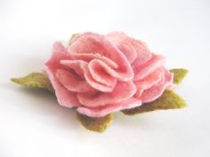 Felt flower  hair clip  -  Pink Peony - FREE SHIPPING Worldwide. $21.00, via Etsy.