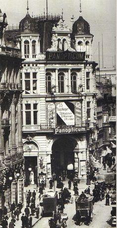 Berlin, Friedrichstraße in der Kaisergalerie Panopticum um 1900