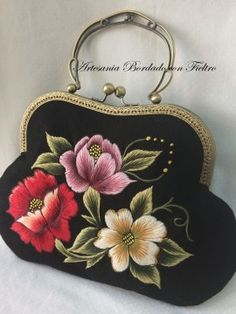 Hand Embroidery Stitches, Embroidery Kits, My Bags, Purses And Bags, Bag Quotes, Fall Handbags, Fabric Bags, Crochet Purses, Womens Purses