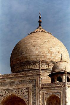 Another shot from the Taj Mahal in Agra. Scanned from film negative 'Taj Mahal' On Black Agra, India December 2003 Great Buildings And Structures, Amazing Buildings, Modern Buildings, Agra, Varanasi, Havana Cuba, Delhi India, New Delhi, Le Taj Mahal
