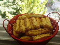 Πασχαλινά κουλουράκια με αμμωνία !!!! ~ ΜΑΓΕΙΡΙΚΗ ΚΑΙ ΣΥΝΤΑΓΕΣ 2 Greek Cookies, Apple Pie, Desserts, Food, Food And Drinks, Tailgate Desserts, Deserts, Essen, Postres