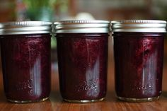 Mixed Berry Jam from Ball® Fresh Preserving Products – Food in Jars Ball Jam Recipe, Ball Canning Recipe, Recipe Mix, Balls Recipe, Strawberry Recipes Canning, Canning Recipes, Mixed Berry Jam, Mixed Berries, Freezer Jam Recipes
