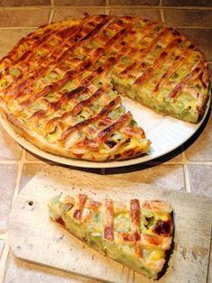 Easy Cake : Rhubarb pie - The family recipe, Dutch Recipes, Sweet Recipes, Baking Recipes, Fruit Recipes, Cake Recipes, Belgian Food, Bistro Food, Good Food, Yummy Food
