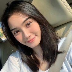 Cute Kawaii Girl, Cute Girl Face, Korean Girl Photo, Cute Girl Photo, Short Wavy Hair, Girl Short Hair, Korean Beauty Girls, Asian Beauty, Just Beauty