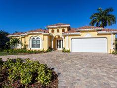 Private Homes Vacation Rental - VRBO 2007414ha - 4 BR Pelican Bay Villa in FL, Exclusive Location Near the Beach (Private Beach Access) and the Venetian Village
