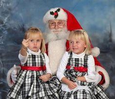 Das sind die 50 misslungensten Weihnachts-Fotos aller Zeiten. Passend zum Fest der Liebe!
