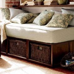 Storage day bed