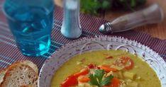 Ma lehullottak az első hópelyhek, így hát nálam elérkezett a melengető levesek készítésének ideje. Szeretem a kicsit ... Thai Red Curry, Ethnic Recipes, Food, Essen, Meals, Yemek, Eten