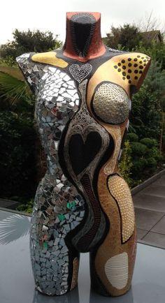 Body's – – – Mosaic Mannequin Torso, Mannequin Art, Clothing Displays, Art Vintage, Art Sculpture, Art Deco Furniture, Human Art, Diy Arts And Crafts, Mosaic Art