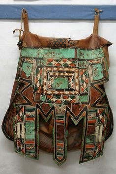 Tuareg leather bag... normally I don't get excited about bags... but THIS is inspirational  <3