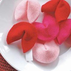 Valentine's Day crafts: Felt Fortune Cookies