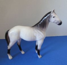 """Vintage Porcelain Horse 6-1/4"""" High Grey & White Very Smart Looking"""