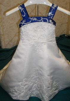 white and royal blue wedding cakes - Google Search