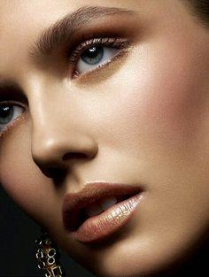 Find more tan Winter skin inspo at www.fashionaddict.com.au