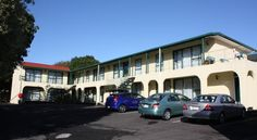 NZD199 Located directly opposite Alexandra Park Raceway and ASB Showgrounds, Abella Inn offers renovated rooms with satellite TV and Wi-Fi access.