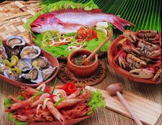 Seafood such as oysters, sardines, clams, crab and fish produce a mood enhancing effect by supplying plenty of selenium.