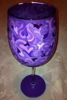 Purple Hearts Wine Glass
